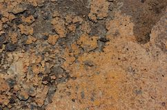 Una struttura ha prodotto sulla superficie di un piatto arrugginito del ferro Fotografia Stock