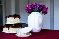 Una tabla de la torta de la fruta Imagenes de archivo