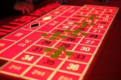 Una tavola classica delle roulette del casinò Fotografie Stock