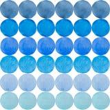 Una tavolozza dei colori luminosi dell'acquerello nei cerchi su una parte posteriore di bianco Fotografie Stock Libere da Diritti