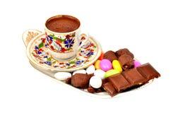 Una taza de café turco aislada Fotos de archivo libres de regalías