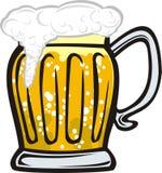 Una taza de cerveza con espuma Imagenes de archivo
