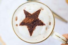 Una taza de chocolate caliente Fotos de archivo