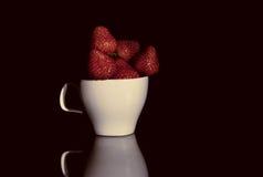 Una taza de fresa Fotos de archivo
