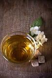 Una taza de té del jazmín Fotografía de archivo libre de regalías