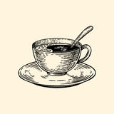 Una tazza di caffè su un piattino con un cucchiaio Illustrazione di vettore nello stile di schizzo illustrazione vettoriale