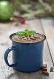 Una tazza di cioccolata calda Immagine Stock
