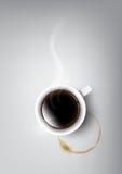 Una tazza realistica di caffè nero e la tazza di caffè macchiano, vettore trasparente Fotografia Stock
