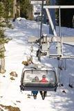 Una telesilla del esquí Fotografía de archivo