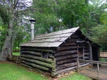 Una tienda histórica del herrero en el molino mabry fotos de archivo