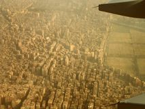 Una tierra de Egipto del avión Fotos de archivo libres de regalías