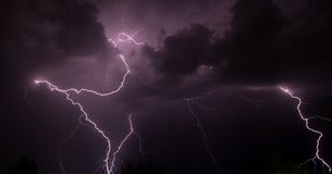Una tormenta Tucson AZ del relámpago fotos de archivo libres de regalías