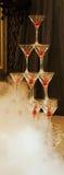 Una torre de los vidrios del champán. fotos de archivo libres de regalías