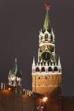 Una torre de Spassky de Kremlin, Moscú, Rusia Imágenes de archivo libres de regalías