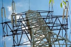 Una torre della trasmissione o torre di potere fotografie stock libere da diritti