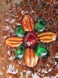 Una torta de mirada deliciosa de la fruta de la Navidad Imagen de archivo