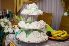 Una torta di cerimonia nuziale Fotografia Stock