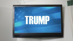 Una TV que exhibe el mensaje presidencial sobre Donald Trump ilustración del vector