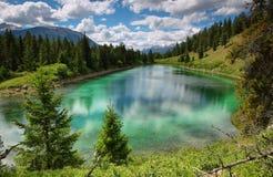 Una valle di un panorama di cinque laghi Fotografia Stock