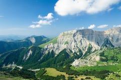 Una valle nelle alpi Immagine Stock Libera da Diritti