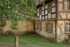 Una vecchia casa immagini stock libere da diritti