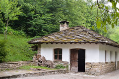 Una vecchia casa nel museo etnografico Etara, Bulgaria Fotografia Stock Libera da Diritti