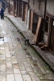 Una vecchia strada sporca Fotografie Stock Libere da Diritti