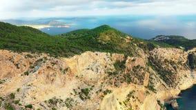 Una veduta panoramica della Provincia del Capo Occidentale dell'isola di Ibiza durante il tramonto Le Isole Baleari nel mar Medit archivi video