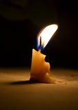 Una vela Imágenes de archivo libres de regalías
