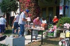 Una venta de yarda Imagen de archivo libre de regalías
