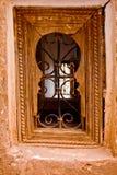 Una ventana marroquí Imagenes de archivo