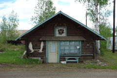 Una vera cabina d'Alasca Fotografia Stock Libera da Diritti