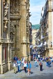 una via di 31 de Agosto in San Sebastian Old Town Gipuzkoa Immagini Stock Libere da Diritti