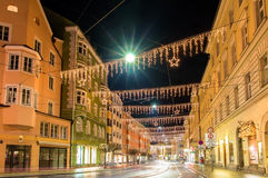 Una via nel centro di Innsbruck Immagine Stock Libera da Diritti