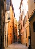 Una via stretta a Bologna Immagini Stock