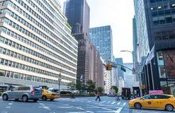 Una visión abajo Park Avenue en Nueva York Fotografía de archivo libre de regalías