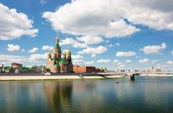 Una visión agradable Voskresenskaya Naberezhnaya fotografía de archivo