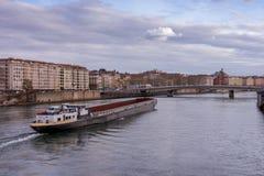 Una visión sobre el RhÃ'ne en Lyon imagenes de archivo