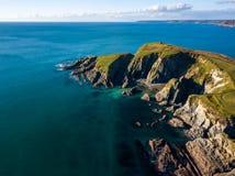 Una vista aérea de Bigbury en el mar en Devon, Reino Unido imagenes de archivo