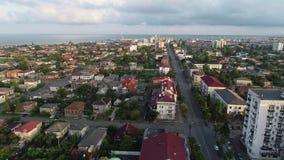 Una vista aerea di una della città Poti, Georgia della costa di Mar Nero stock footage