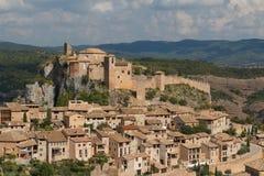 Una vista al villaggio di Alquezar del pictiresque Immagine Stock Libera da Diritti