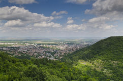 Una vista alla città di Shumen Immagine Stock