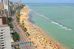 Una vista alla spiaggia della città di Recife Immagine Stock