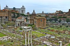 Una vista da Roman Forum fotografia stock libera da diritti