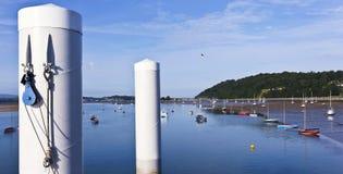 Una vista dal pilastro di Beaumaris, Anglesey, Galles Fotografie Stock