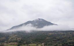Una vista dalla cittadella di Micene fotografia stock