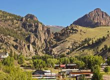 Una vista de la ciudad histórica de Creede en Colorado Imagen de archivo libre de regalías