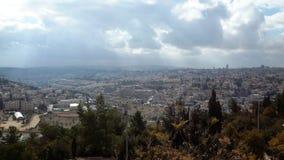 Una vista de la ciudad vieja de Jerusalén, de la Explanada de las Mezquitas y de la mezquita del al-Aqsa del Mt Scopus en Jerusal fotos de archivo libres de regalías