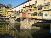 Una vista de Ponte Vecchio en Florencia Foto de archivo