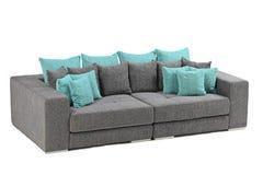 Una vista de un sofá moderno Imágenes de archivo libres de regalías